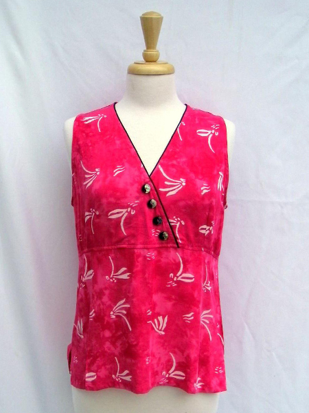 Rapture Top in Pink Dragonfly