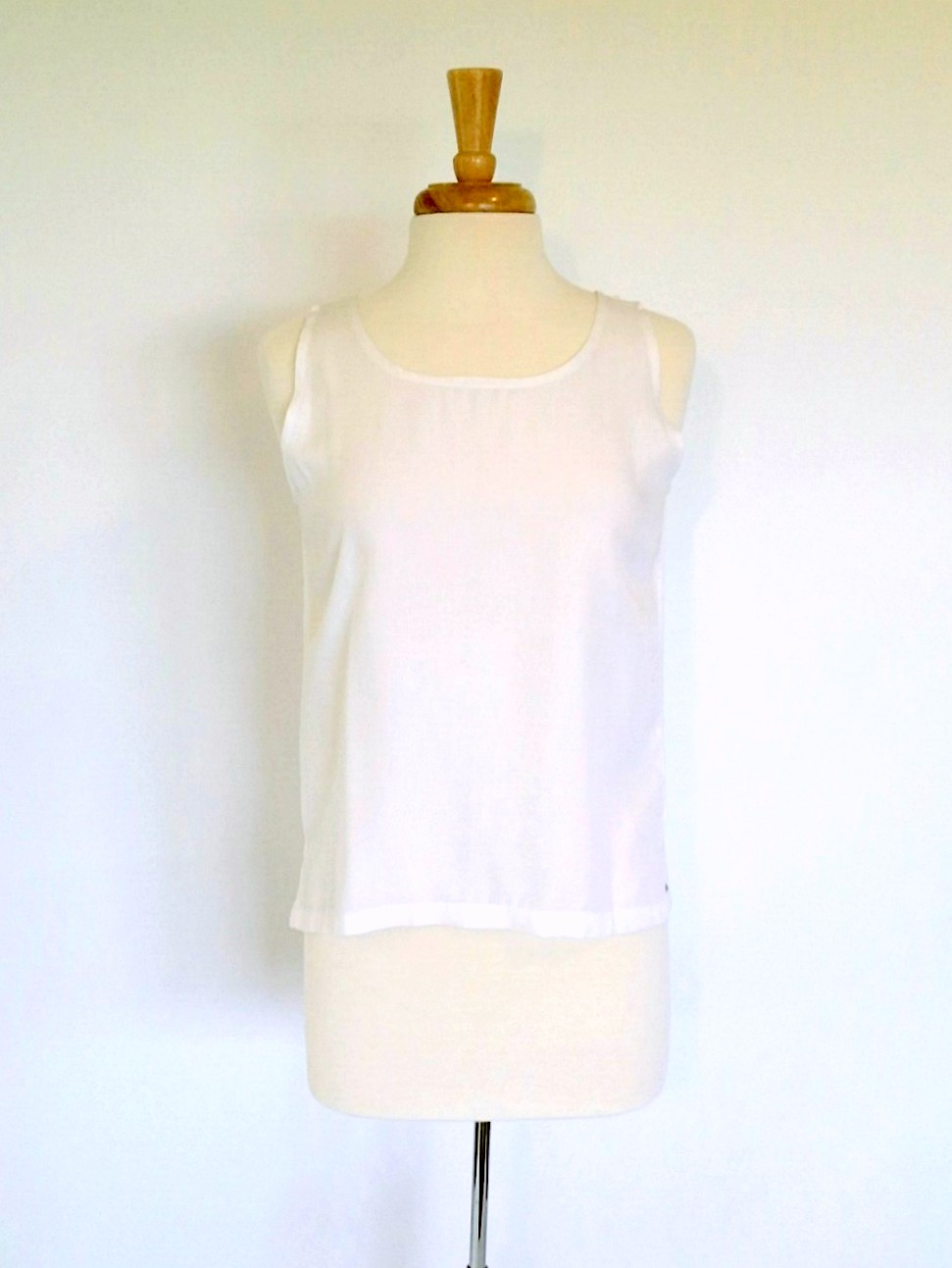 S Top in Solid White