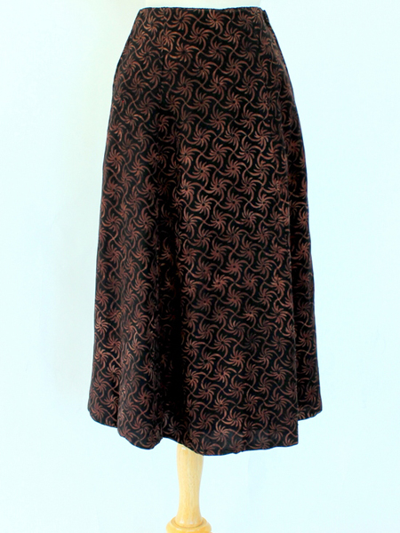 Long Flair Skirt in Brown Pinwheel