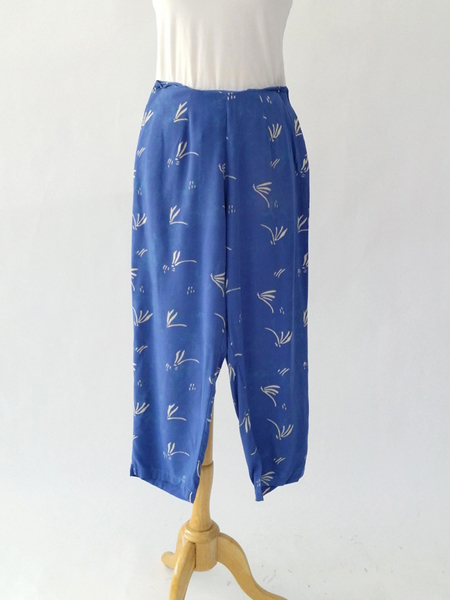 Beach Pant in Cornflower Dragonfly
