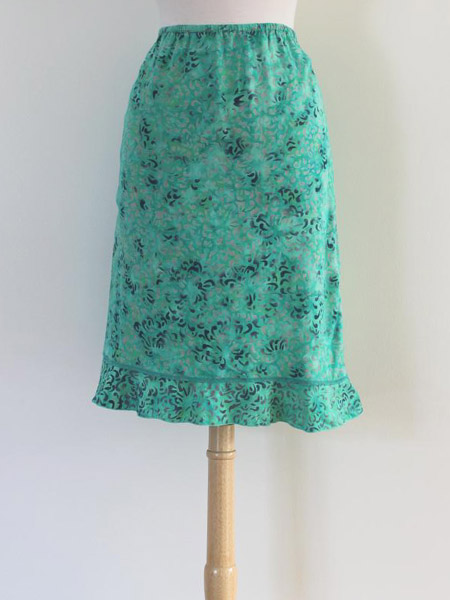 Short Ruffle Skirt in Smile