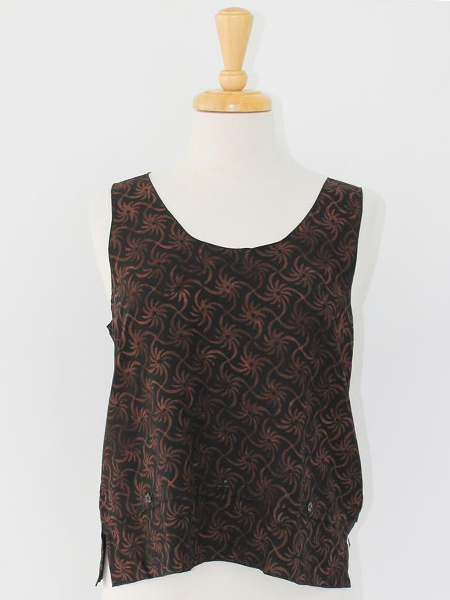 Lyla Top in Brown Pinwheel