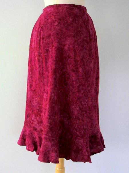 Cassie Skirt in Raspberry Fusion